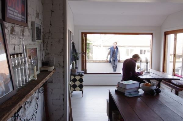 vauxlair, australian, homes, fashion, style, sydney, bondi, tamarama, interior, wooden table, white floors,